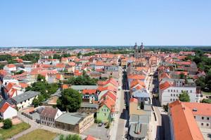 Die Dächer und die Stadtkirche von Wittenberg (Sachsen-Anhalt)