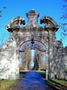 Kees´scher Park, Adlertor