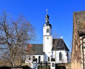 Die Kirche in Neichen