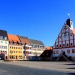 Der Marktplatz mit dem Rathaus in Grimma