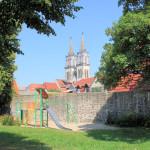 Stadtmauer und Stadtkirche