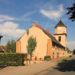 Rittergut Altjeßnitz, Rest des Herrenhauses und Torturm