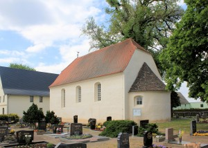 Battaune, Ev. Pfarrkirche