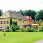 Rittergut Benndorf, Mägdehaus und Orangerie