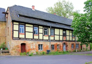 Beucha (Bad Lauisck), Rittergut, Altes Herrenhaus