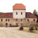 Wasserburg Oberfarnstädt, Ostansicht