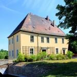 Rittergut Kahnsdorf, Altes Herrenhaus und Wassergraben