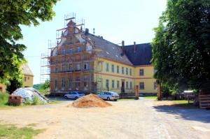 Herrenhaus des Ritterguts Kössern, Zustand Juni 2014