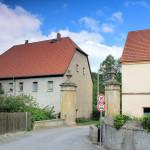 Rittergut Leuben, Hofzufahrt