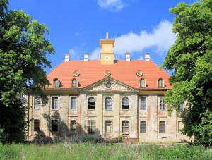 Rittergut Leuben, Schloss, Parkseite (Zustand 2015)