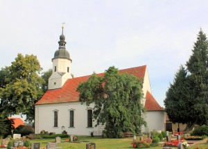 Merkwitz (Oschatz), Ev. Pfarrkirche