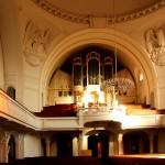 Moritzburg, Ev. Pfarrkirche, Innenraum mit Orgel