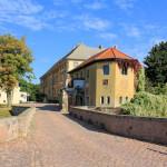 Rittergut Ostrau, Schlosszufahrt