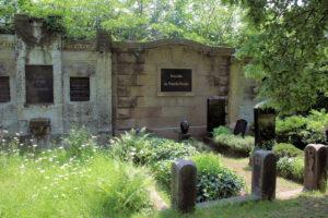 Grabmal der Familie Reiche auf dem Friedhof in Plagwitz