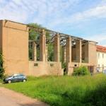 Vorwerk Posthausen, ruinöse Scheune (nach 1945 erbaut)Wohnhaus