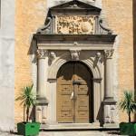 Schloss Lichtenburg Prettin, Portal der Schlosskirche