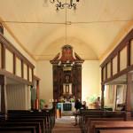 Ev. Kirche Schladebach, Schiff und Altar