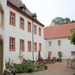Rittergut Triestewitz, Hof des Herrenhauses