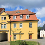 Rittergut Weißenborn, Torhaus (Rathaus)