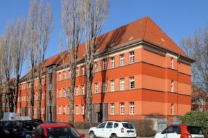 """Wohnanlage Heimteichstraße 8 bis 12 Leutzsch (""""Der Rote Ochse"""")"""