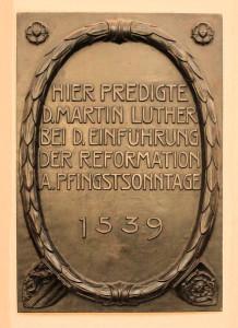 Gedenktafel in der Thomaskirche zu Leipzig