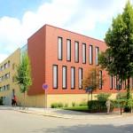 Moderne Bauten des Justizzentrums