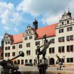 Marktbrunnen und Rathaus
