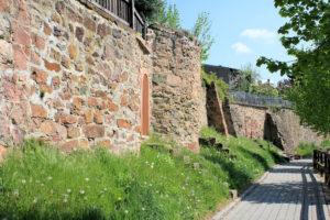südliche Stadtmauer Geithain mit Schalenturm