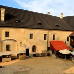 Burg Elbogen (Loket), Burghof