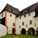 Burg Seeberg (Ostroh), Kemenate in der Kernburg
