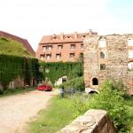 Burg Wendelstein, Mittleres Schloss, Westflügel und Kornhaus
